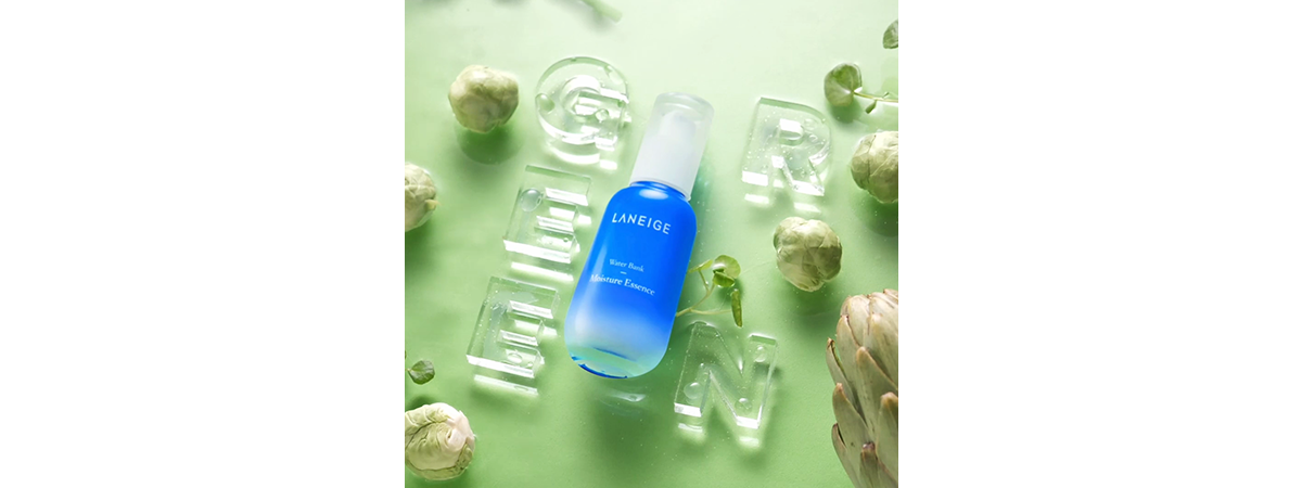 Awake your skin with Green Mineral Water