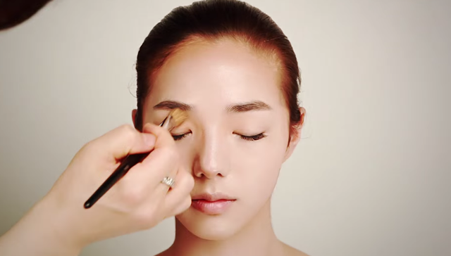 Small face makeup STEP 3 Image