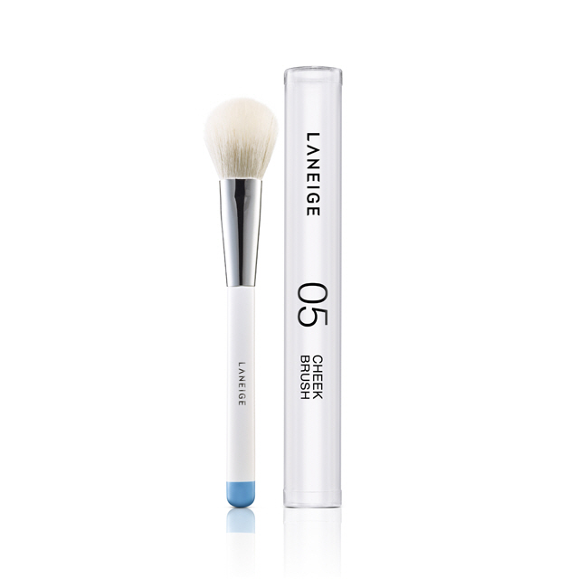 Laneige Cheek Brush 05