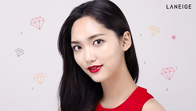 3-ways Red Lip Makeup step5 image